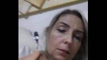 sandra coroa gravou um v&iacute_deo porn&ocirc_ caseiro excitante.
