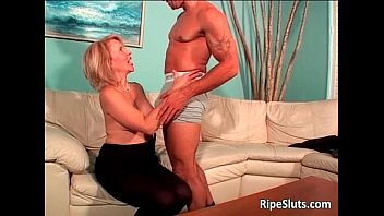horny mature blonde gets wet hairy.