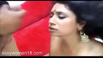 indian bhabhi fuck with foreigner stranger cheating her.