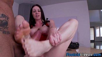 sluts slender feet cummed