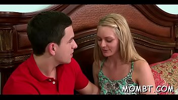 hunk gets to fuck a mature hottie and.