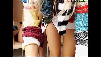 young lesbian masturbate and tease - more at hotlesbian.online