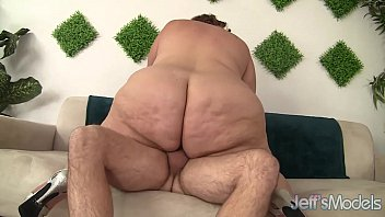 huge fat ass gets herself fucked