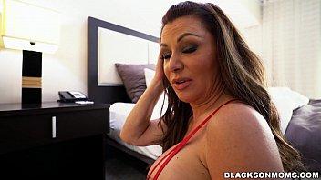 wife gia giacomo gets 2 black cocks to.