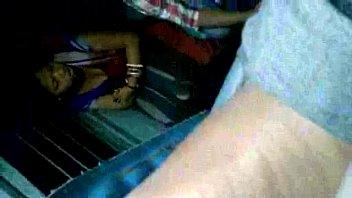 hot bengali aunty exposing boobs through black bra.