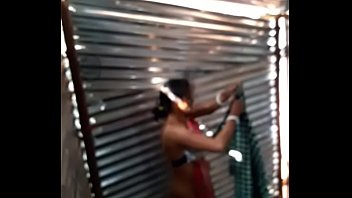 desi girl maid bath in labour shed new.