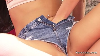 lesbians in jeans cutoffs tribbing