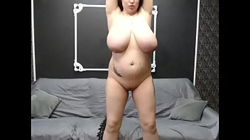 huge tits pregnent milf