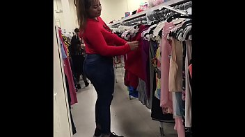 streetcandids: young latina milf red sweater thick legs.