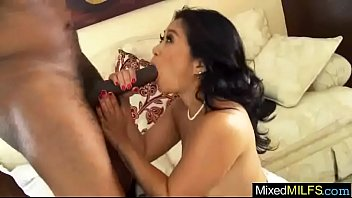 (lucky starr) mature lady busy in mixt sex.