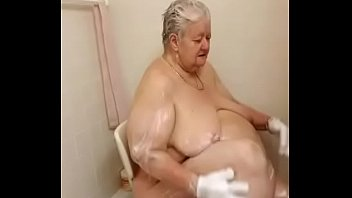 michelle taking a hot sexy soapy.