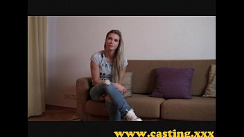 casting - athletic babe cums for.