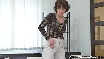 euro milf alice sharp works her cunt with.