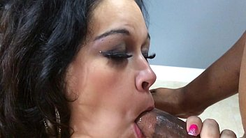 thick latina aire fresco giving head in slow motion