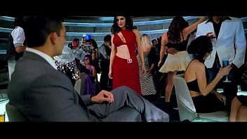jism-2 '_adhoora'_ song ft. sunny leone and arunoday.