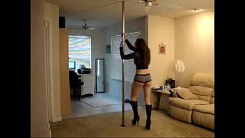 hot chick pole dancing in sexy lingerie - spankbang.org