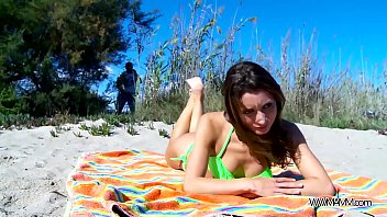 perfect babe fuck on public beach without any.