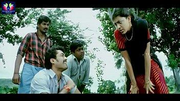 kajal aggarwal exposing scene - lakshmi kalyanam telugu.