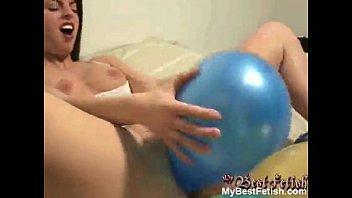 solo girl masturbate with balloons