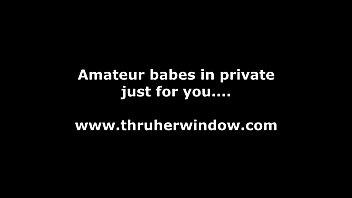 amateur babe masturbates for voyeur solo