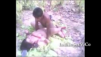 indian village girl fucking by local.