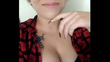 lorena re&iacute_s cantando sexy