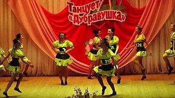 russian teen girls dance 2 -.