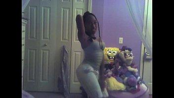 ebony  dancing to twista