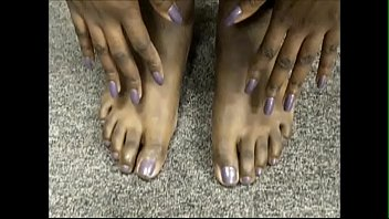 ms. tee tee purple toenails