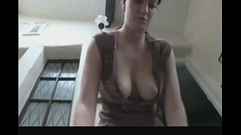 cleavage teasing