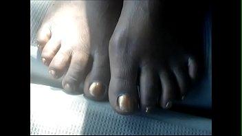 hood milf gold toes
