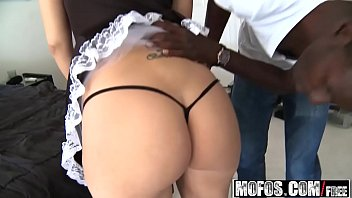 mofos - milfs like it black - (madison.