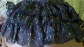 cojiendo rico con falda