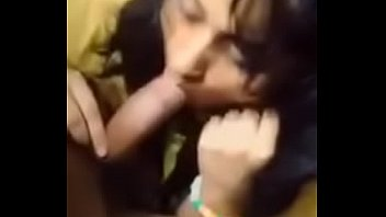 desi teen girl sucking boyfriend'_s big.