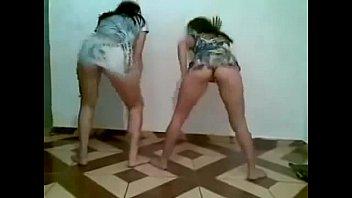 novinhas dan&ccedil_ando funk de vestidinho curto