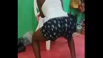 nigeria girl twerk