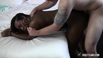 busty ebony took that cock like.