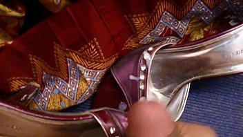 cum on wife'_s sexy sari sandal.