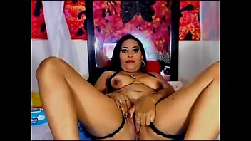 sexroulette24.com - natural busty latina orgasm.