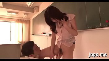 slender playgirl licks dick like a lolly to.