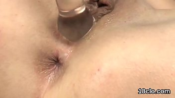 lovely nympho is gaping soft muff in closeup.