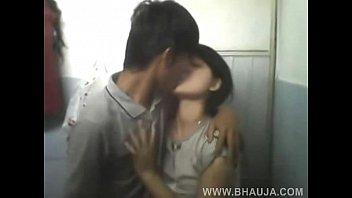 japanies girl boobs pressing by her boyfriend leaked.