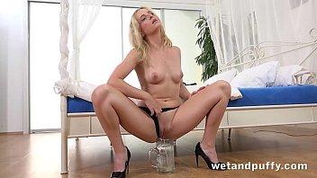 hard orgasm for blonde pornstar using.