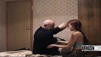 xfrozen jessica porno con su tio.
