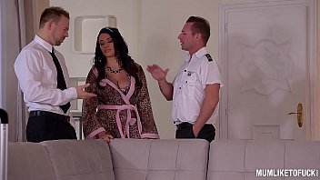 mum anissa kate likes to be fucked by.
