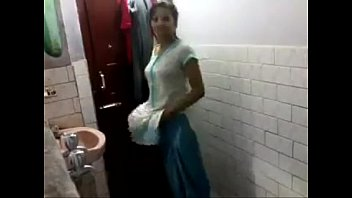 desi indian girl show body
