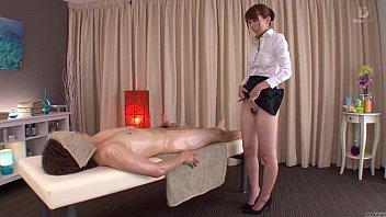 subtitled traditional japanese bottomless massage yui.