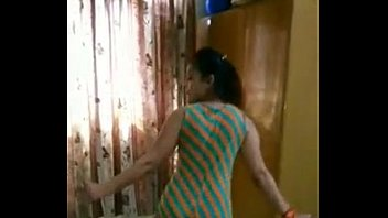 taniya kapoor ke hot home dance click here http://www.tanvisharma.com/