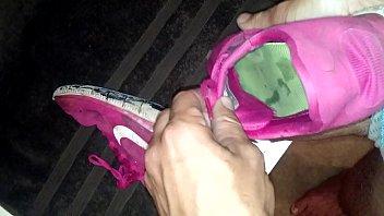 pink nike frees cummed up again