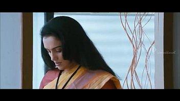 100 degree celsius malayalam movie - shwetha menon.